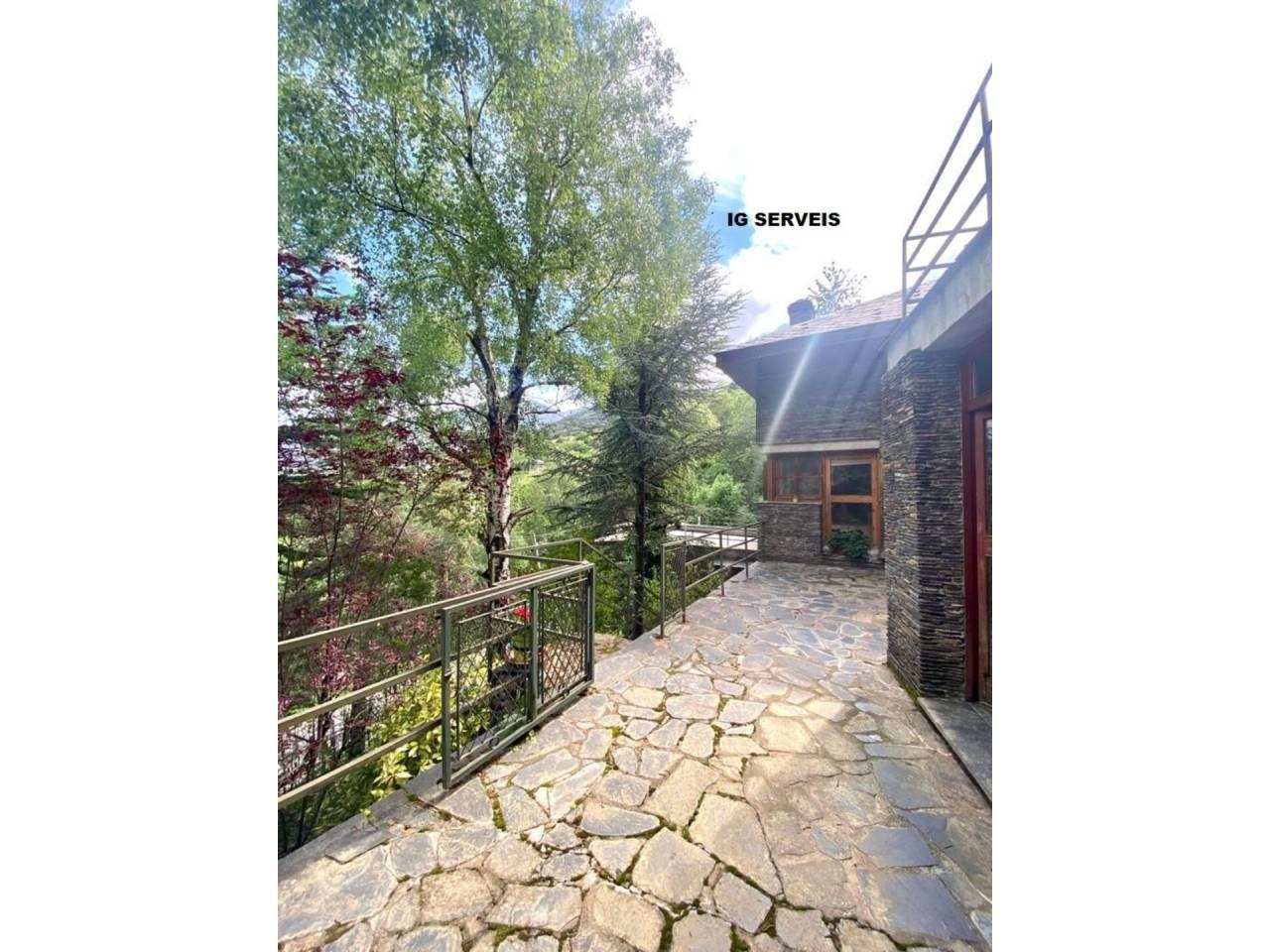 Casa en venda en Aubinyà