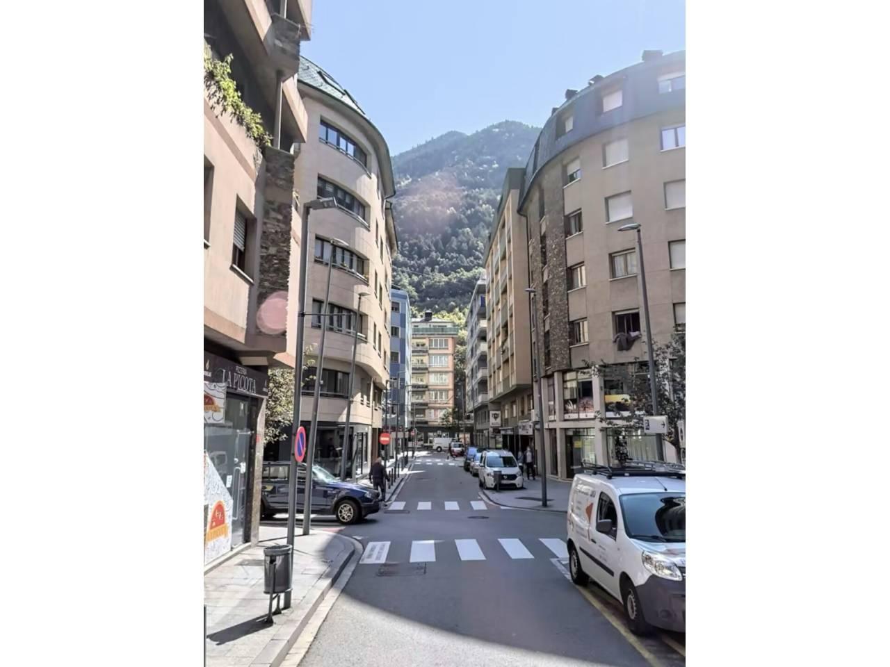 Edifici en venda en Andorra la Vella