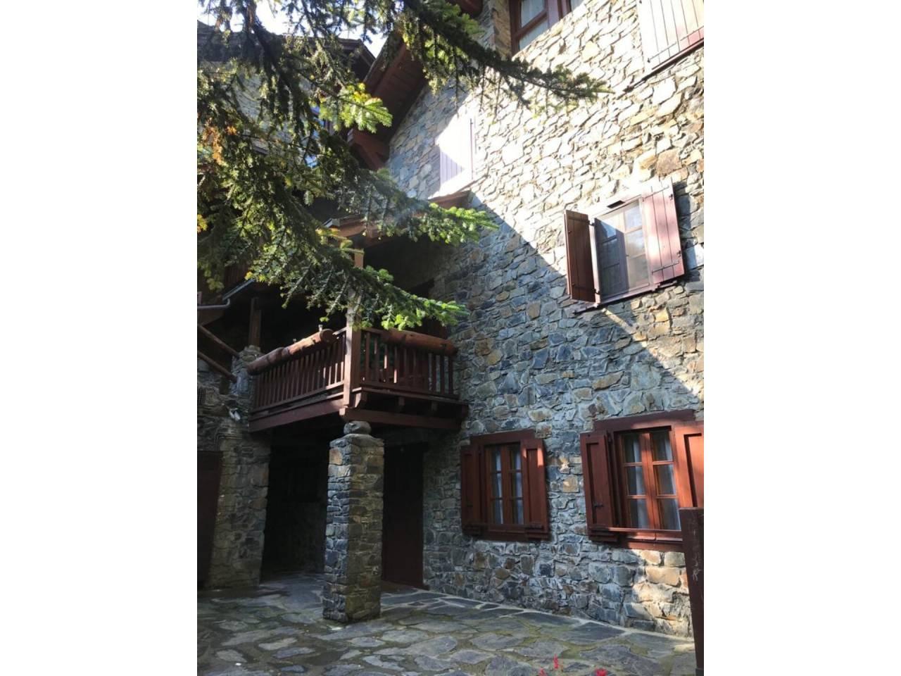 Casa adosada en venda en L'Aldosa