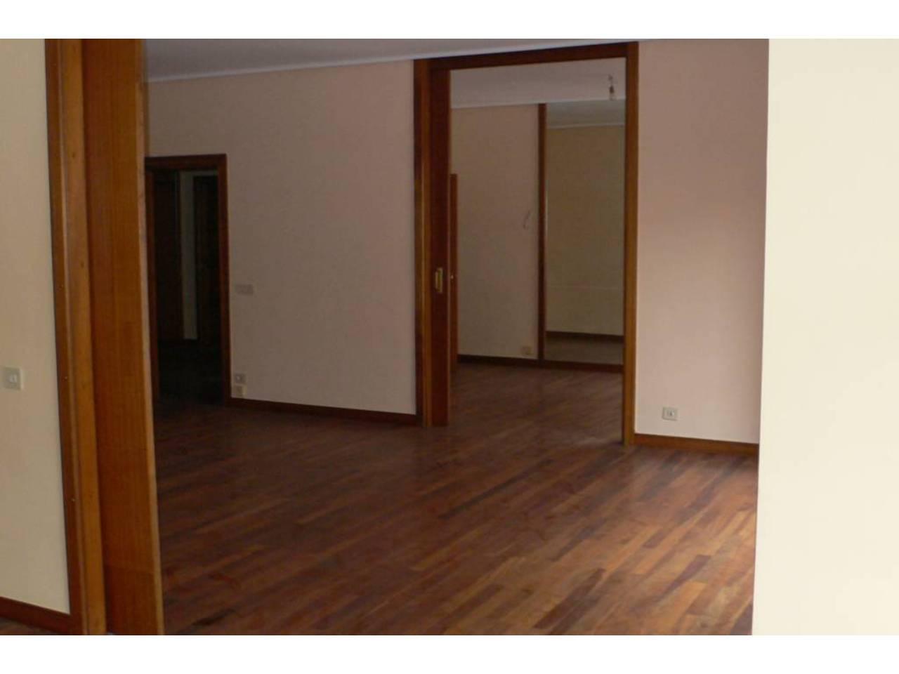 Piso en alquiler en bilbao ref 005710 for Alquiler pisos en bilbao