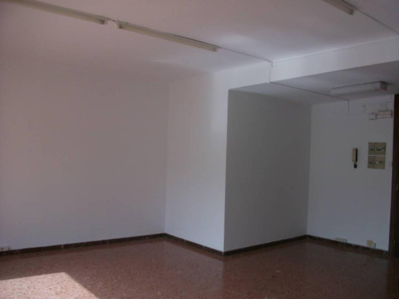 Oficina en Mion