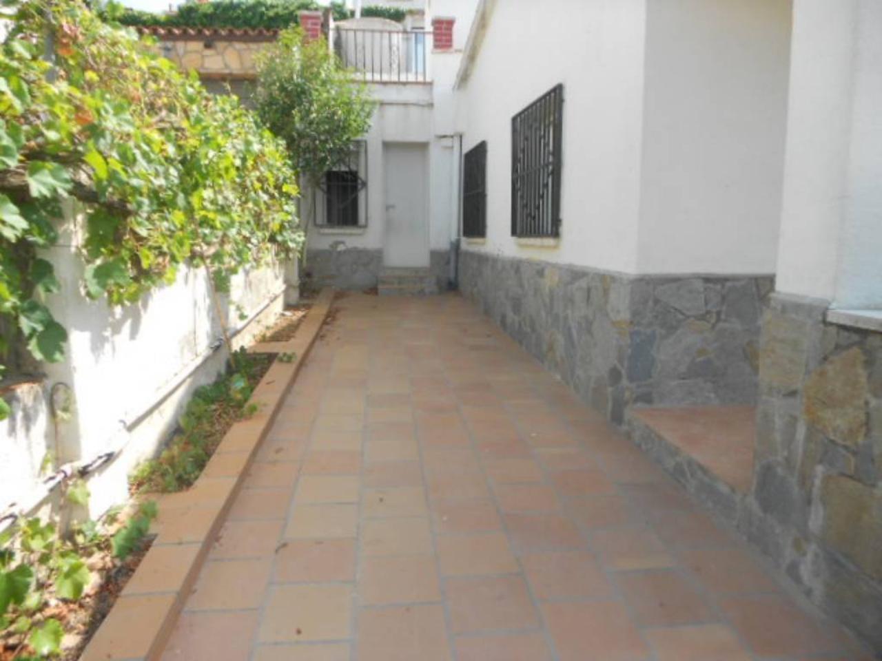 Casa en URB. EL CALVET