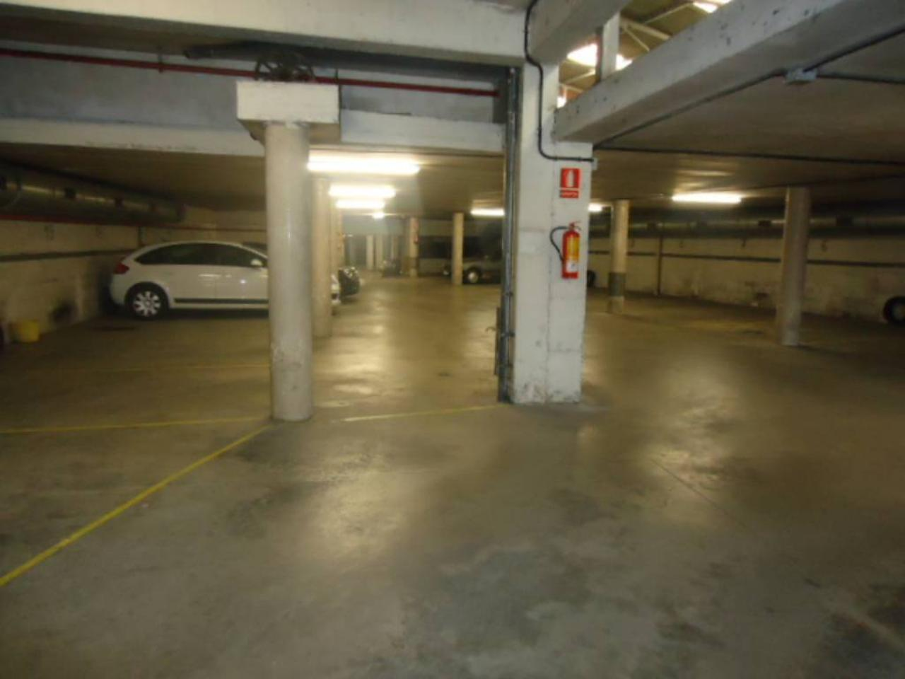 Parking en SECOND COMPANY