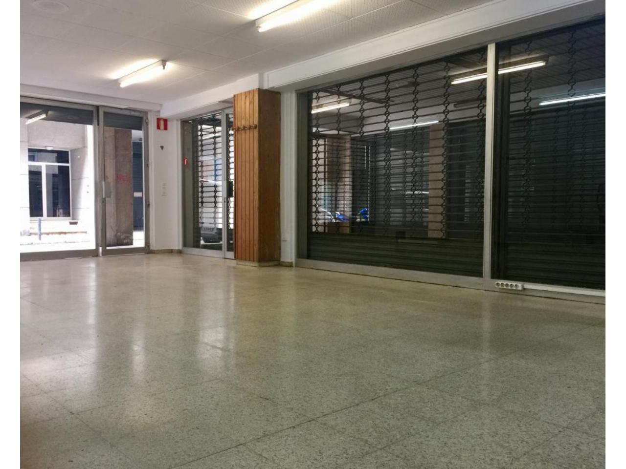 Commercial property for sale en santa eugnia second hand girona commercial property for sale en santa eugnia second handsanta eugnia girona location map dailygadgetfo Image collections