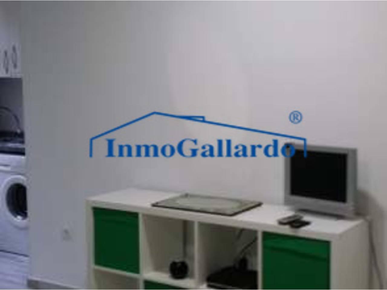 Estudio en alquiler con 30 m2, 1 dormitorios  en Morlaco - Pedregal...  - Foto 1