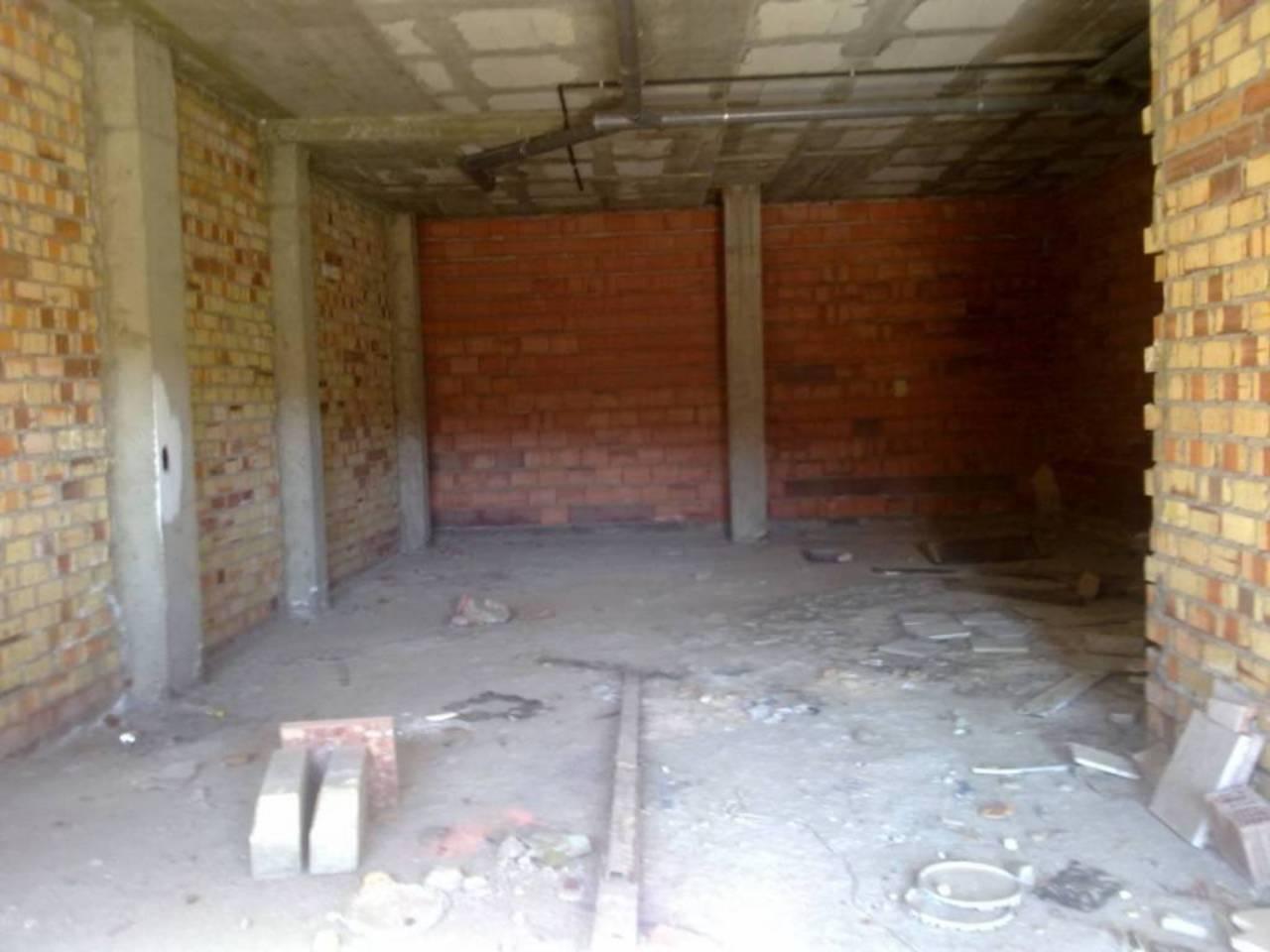 Local en alquiler con 82 m2,  en Alcalá de Guadaíra, CAMPO DE LAS BEAT