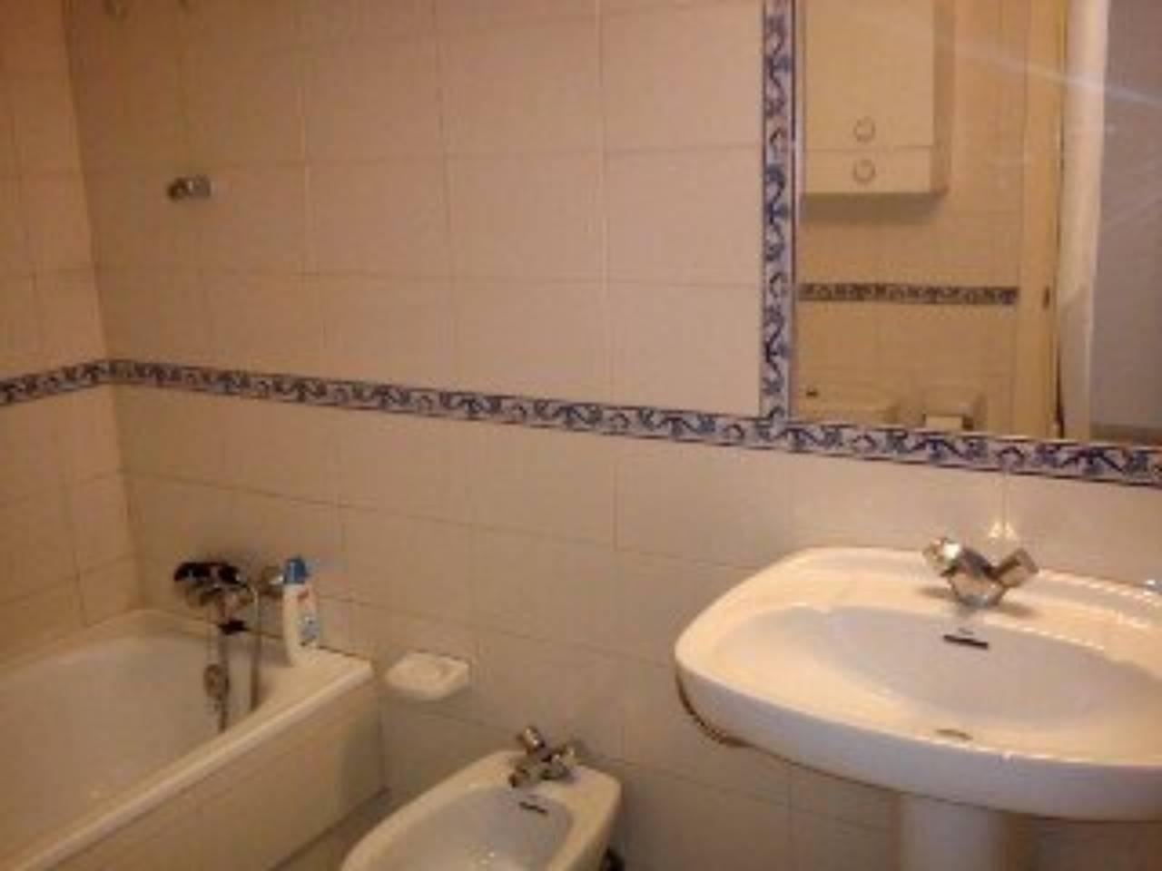 Local en alquiler con 70 m2,  en Alcalá de Guadaíra, CALLEJON DEL HUER