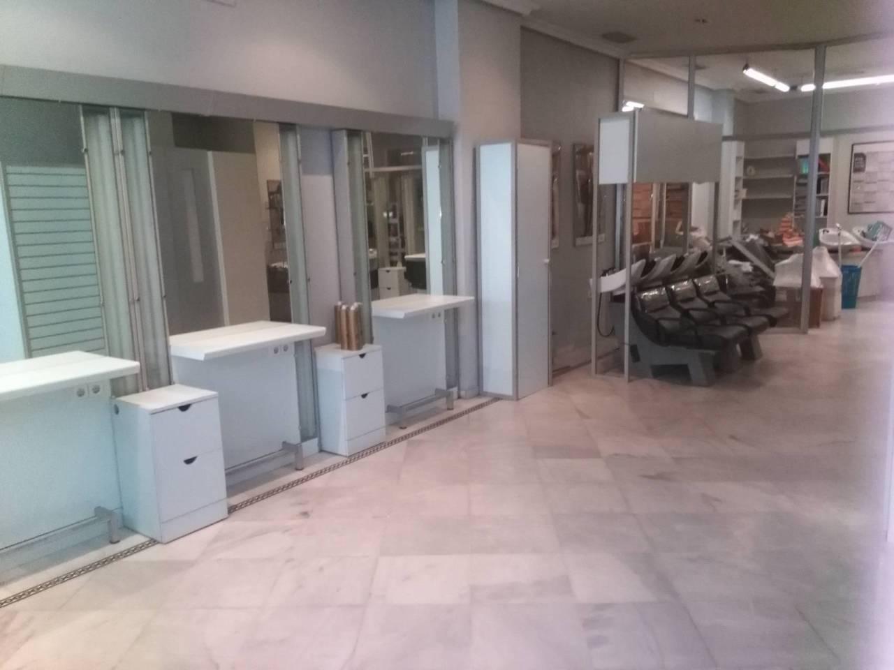 Local en alquiler con 200 m2,  en Alcalá de Guadaíra, CENTRO