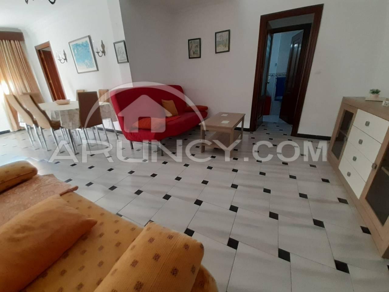 Piso en alquiler con 80 m2, 3 dormitorios  en Puerto Real