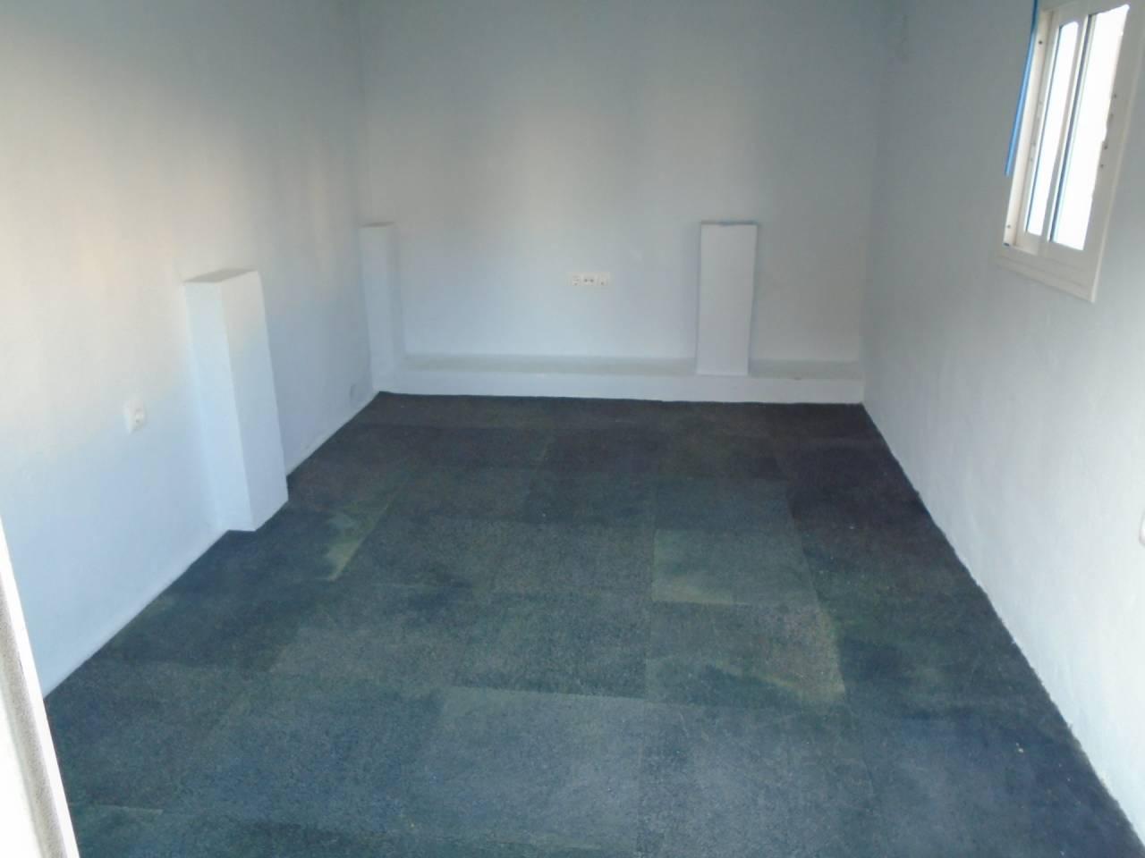 Piso en alquiler con 150 m2, 2 dormitorios  en Rota