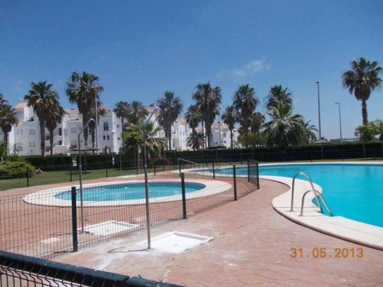 Piso en alquiler de vacaciones con 89 m2, 2 dormitorios  en Rota, Cost