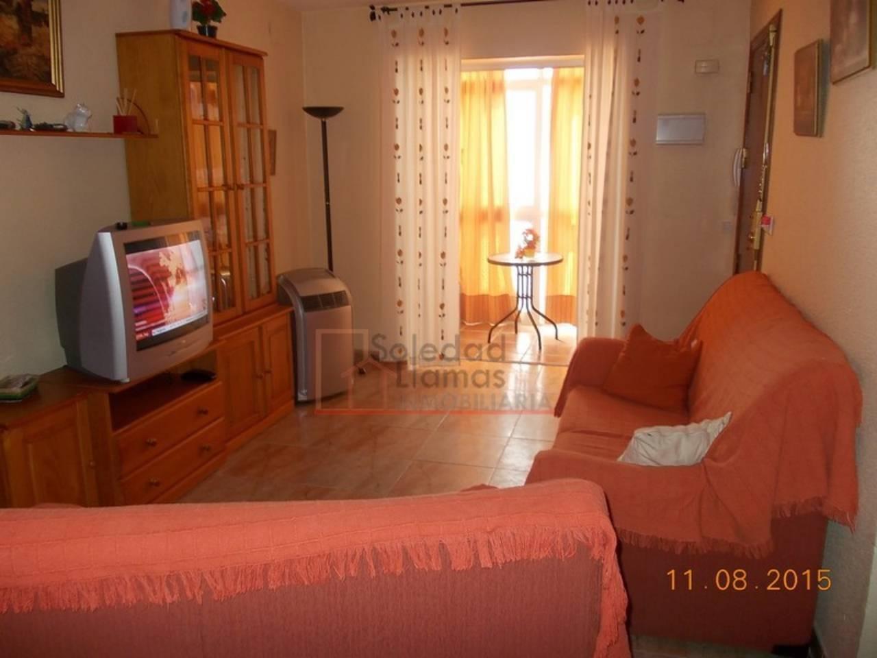 Piso en alquiler con 75 m2, 3 dormitorios  en Rota, Avda. la Marina