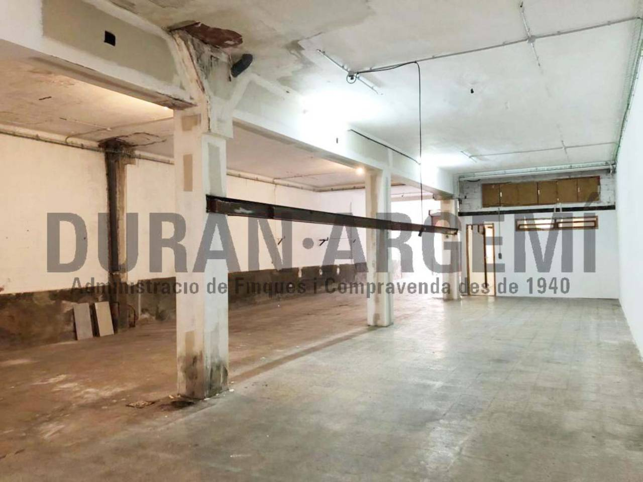 Local comercial en venda a l´Antic Poble de Sant Pere