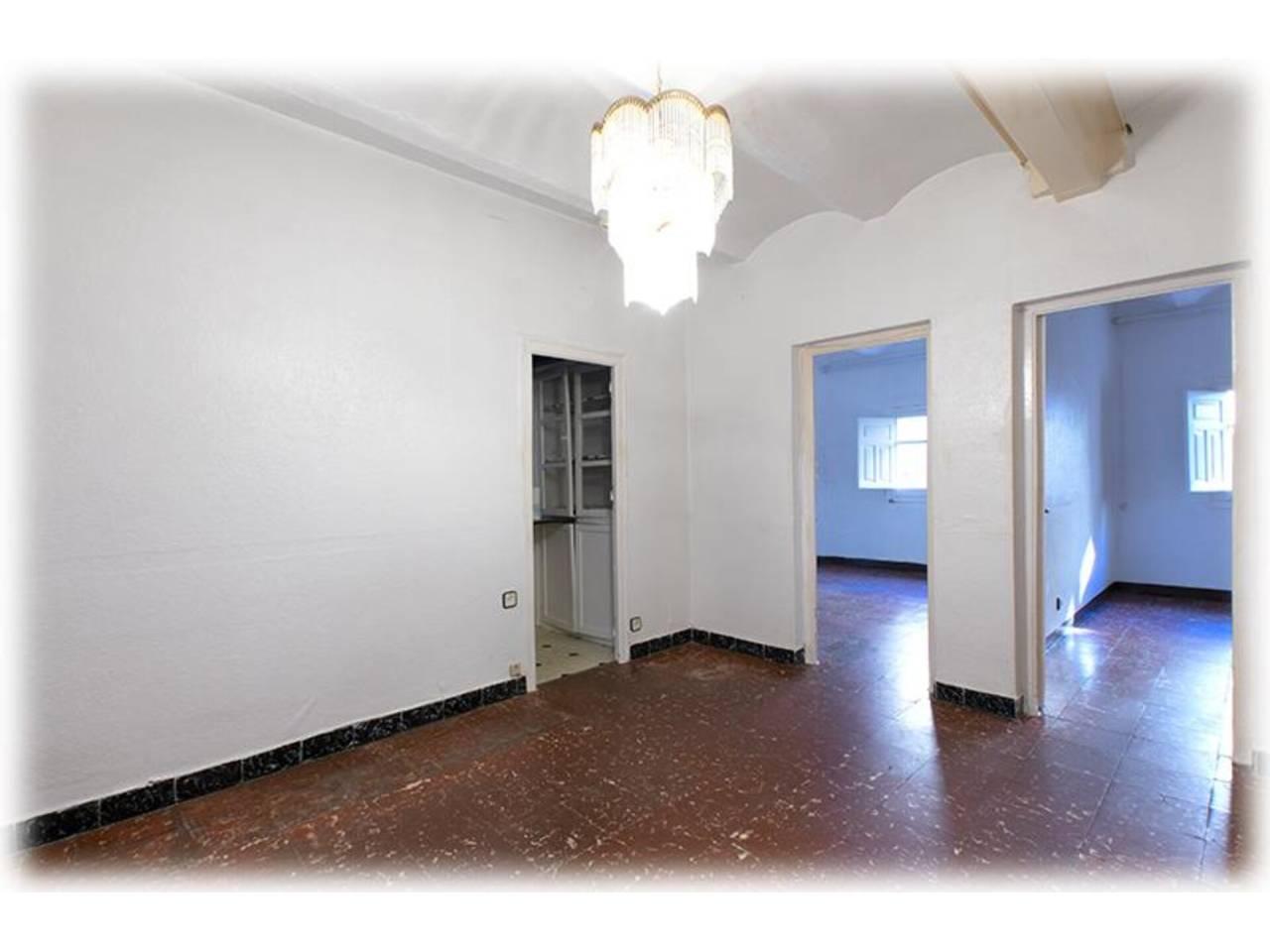 Piso en venta en Centre-Sanfeliu-Sant Josep