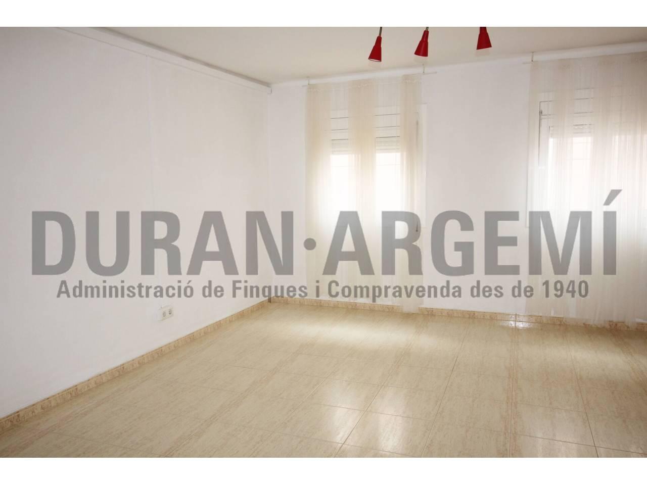 Oficina de lloguer - Centre - La Rasa