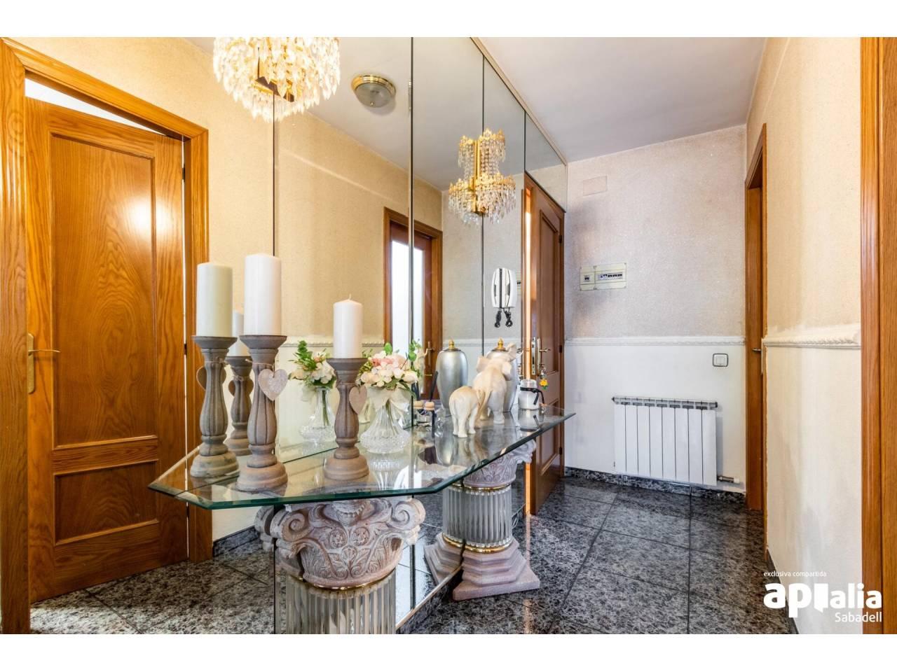 Casa en venta en Les Arenes-Can Montllor-La Grípia