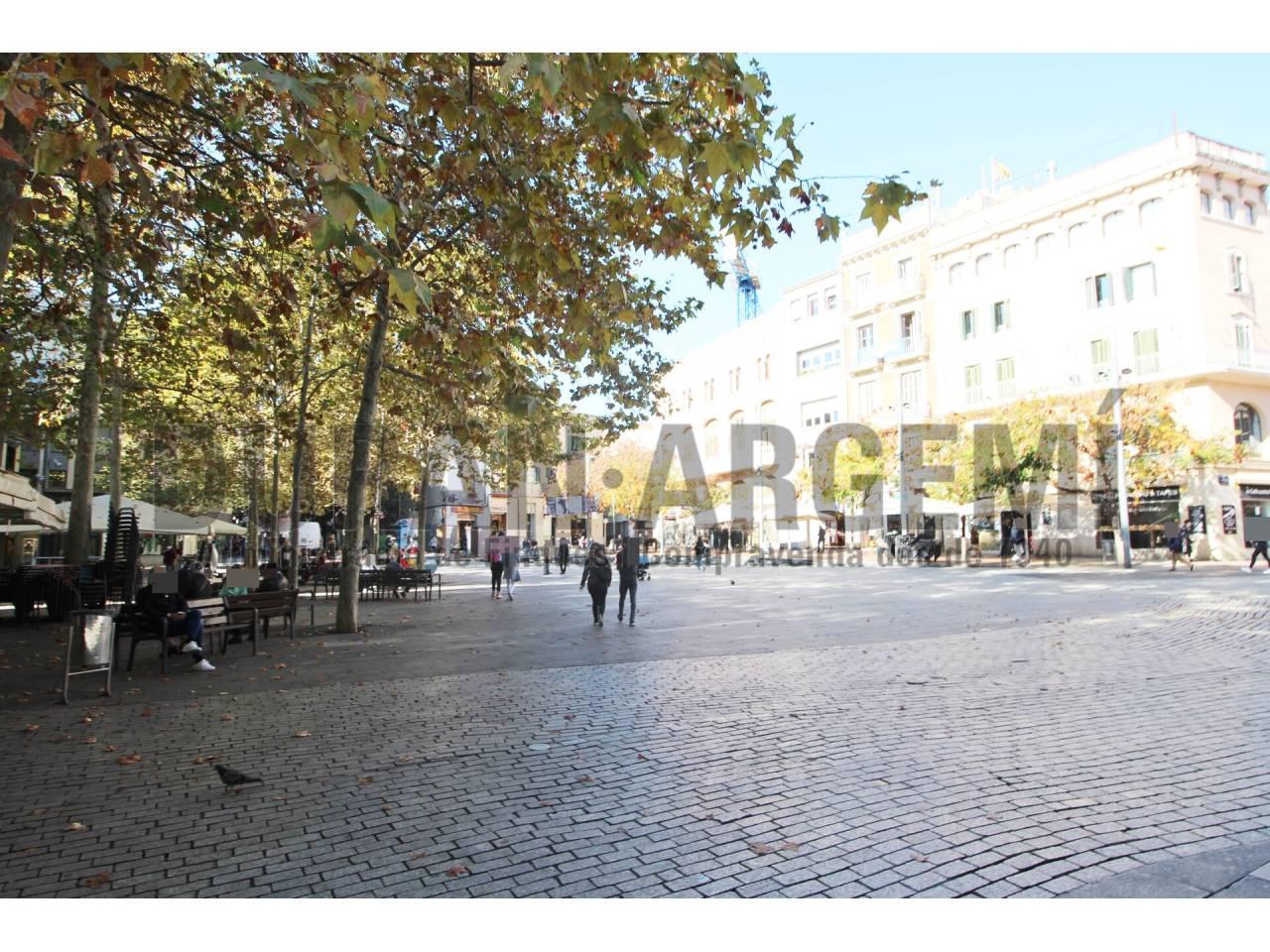 Despacho en alquiler en la Plaça Vella