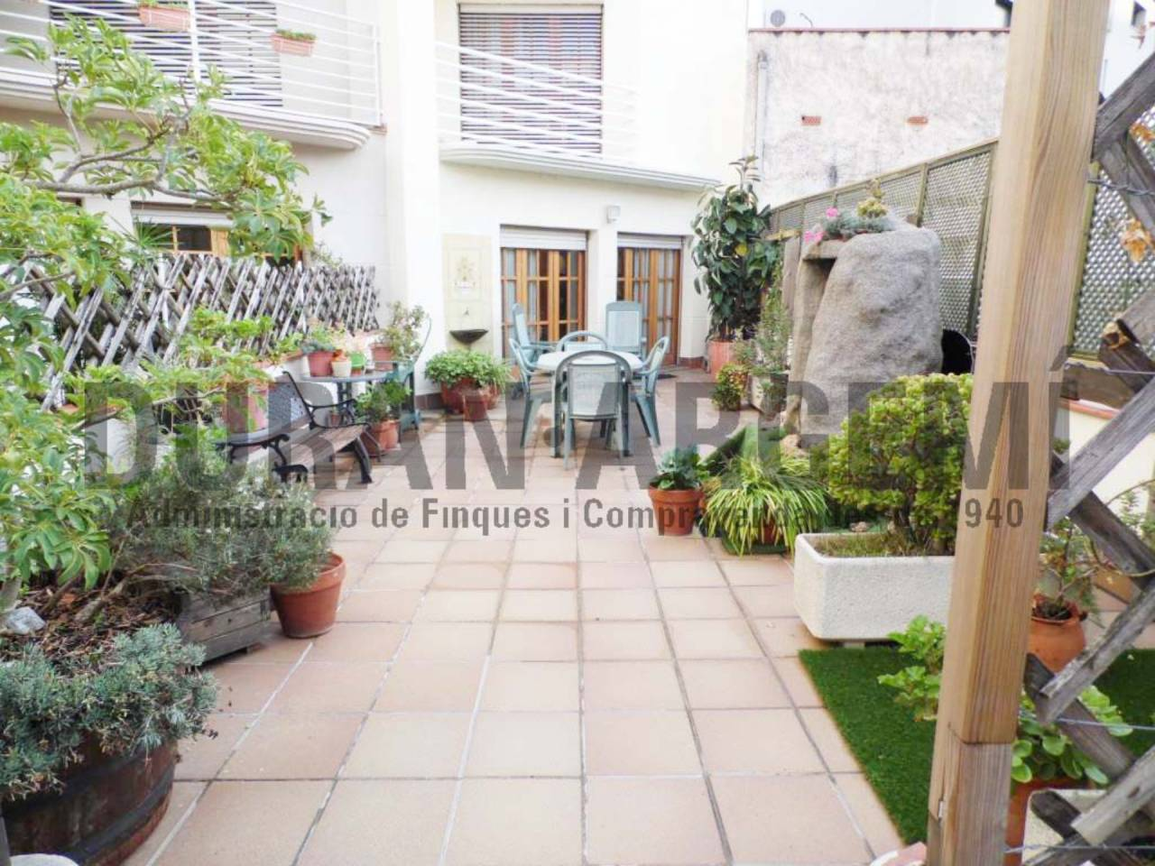 Casa adosada en venda en Sant Pere Nord