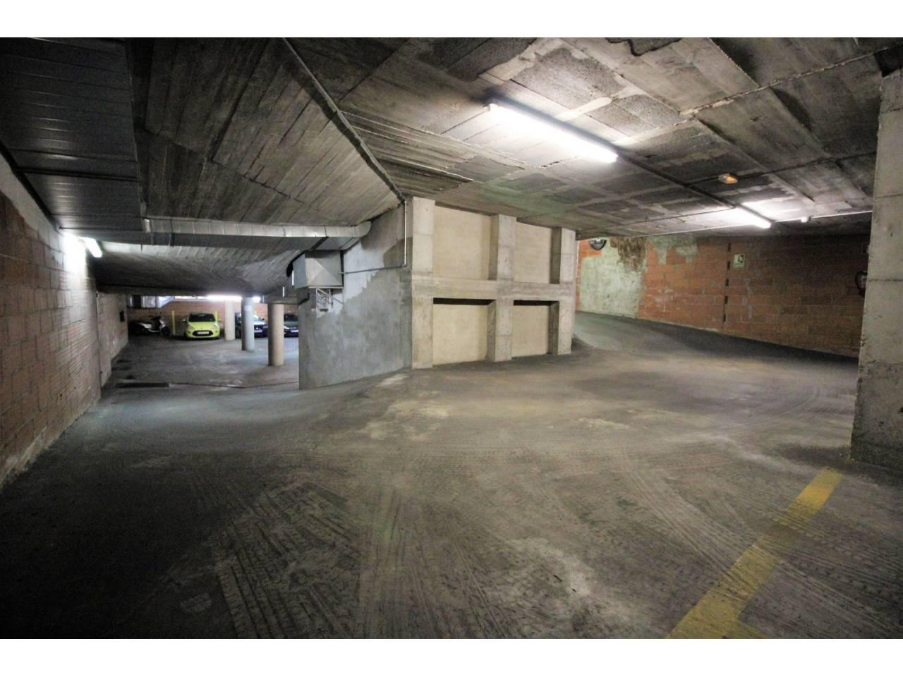 Parking en venta en Centre