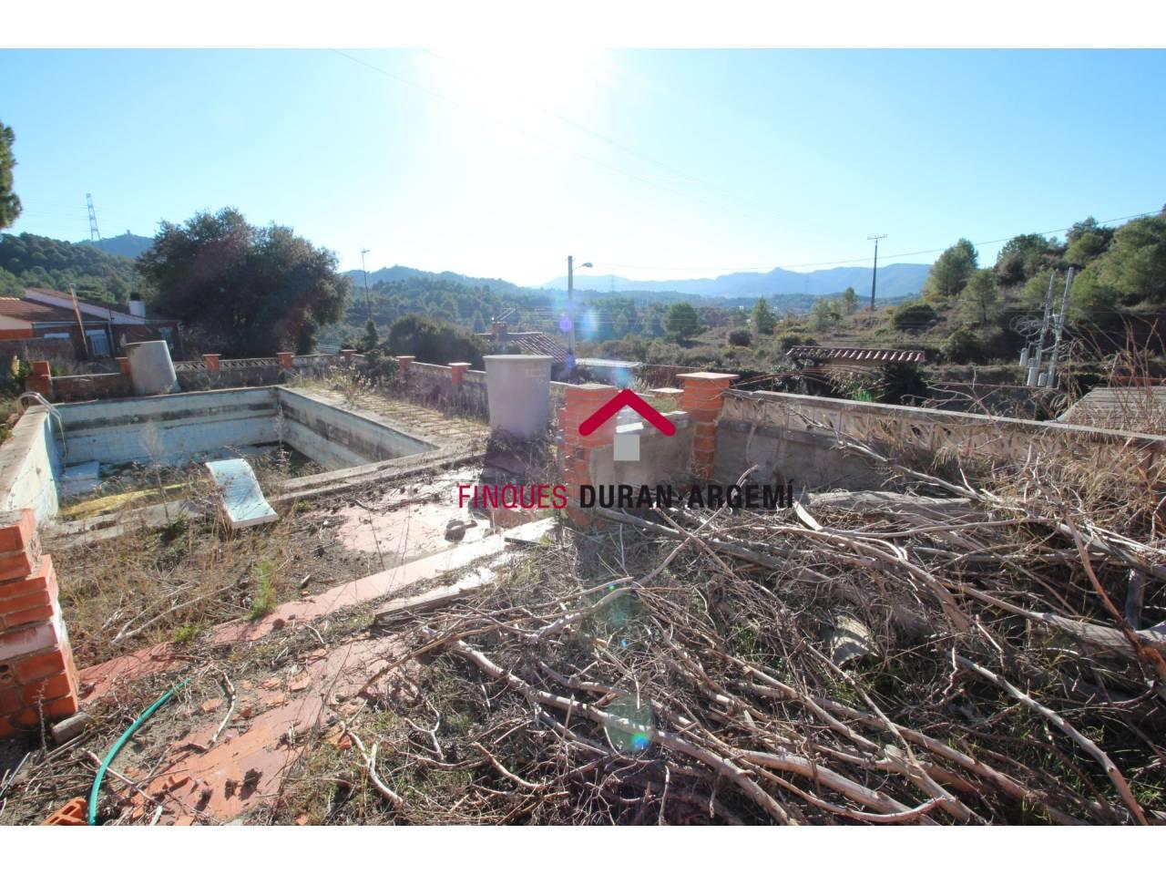 Terreny en venda a Castell Bell i el Vilar