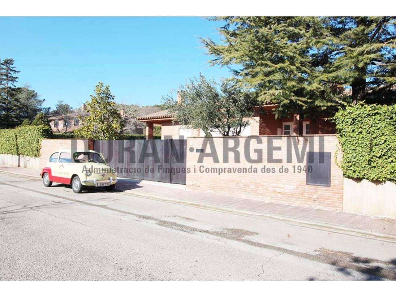 Casa exclusiva en venta en Matadepera, en Verge de Montserrat