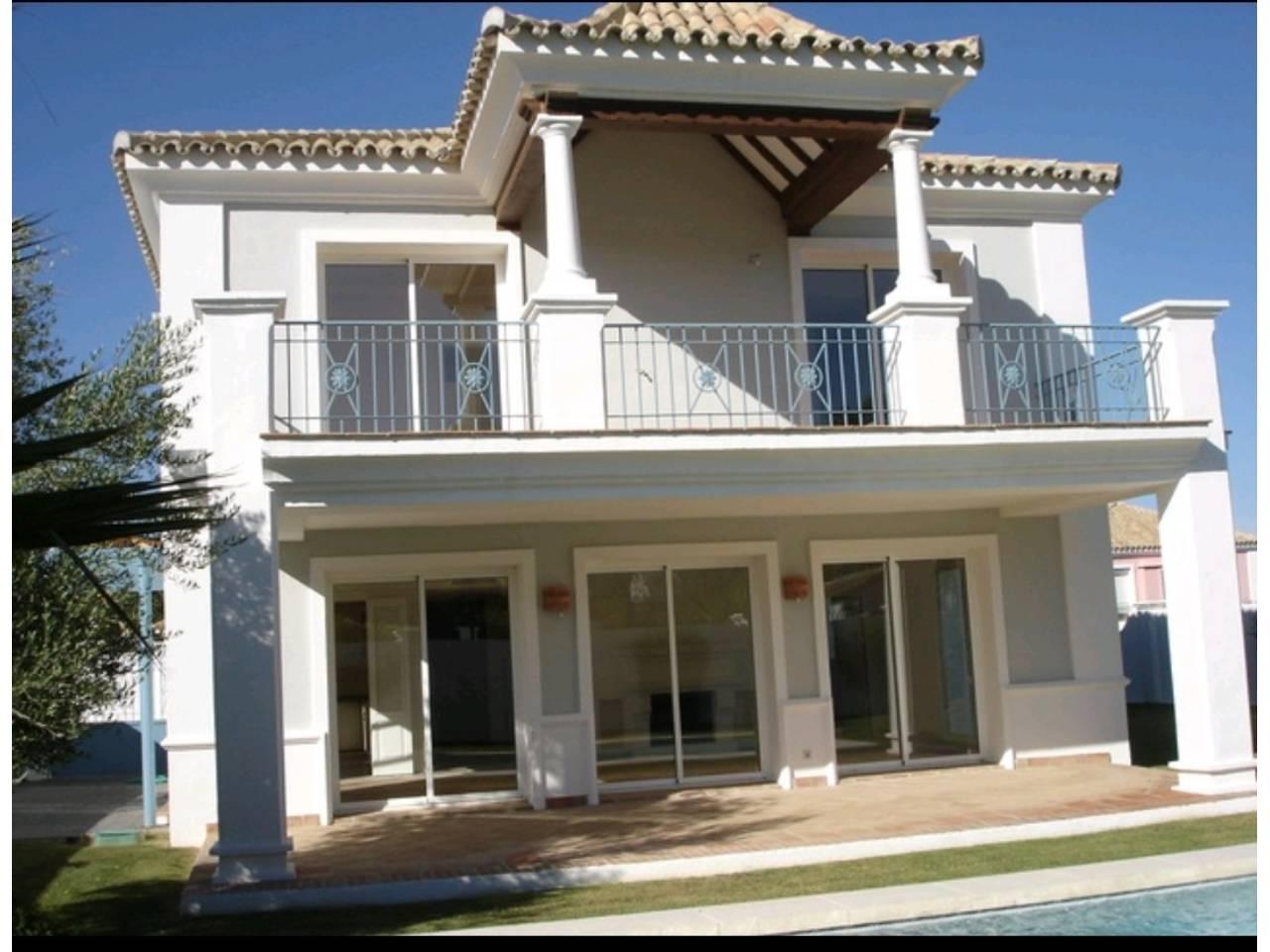 Chalet en venta en Manilva en la duquesa, Urbanización: la duquesa ocean villas