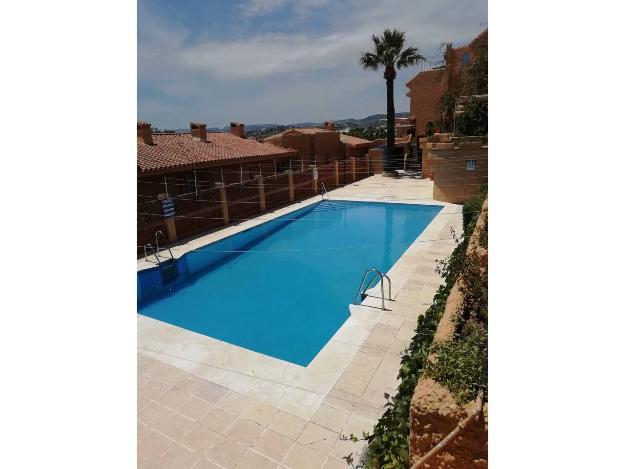 Apartamento en venta en Estepona en La Gaspara-Bahía Dorada-Buenas Noches, Calle: Avda del carmen , punta doncella