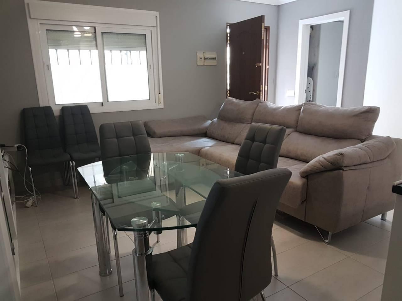 Apartamento en venta en Estepona en Avda Andalucia, Plaza: Doctor Mena Arce