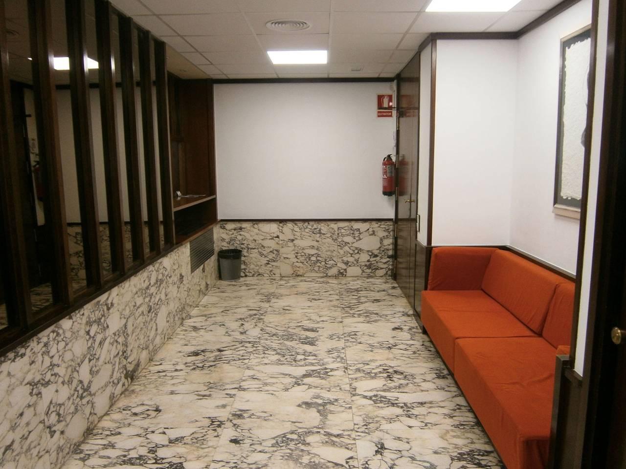 Oficina en alquiler La Salut (Barcelona Capital)