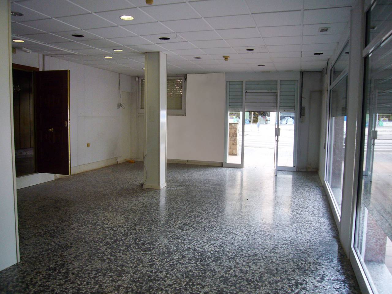 Local comercial en alquiler Marianao (Sant Boi de Llobregat)
