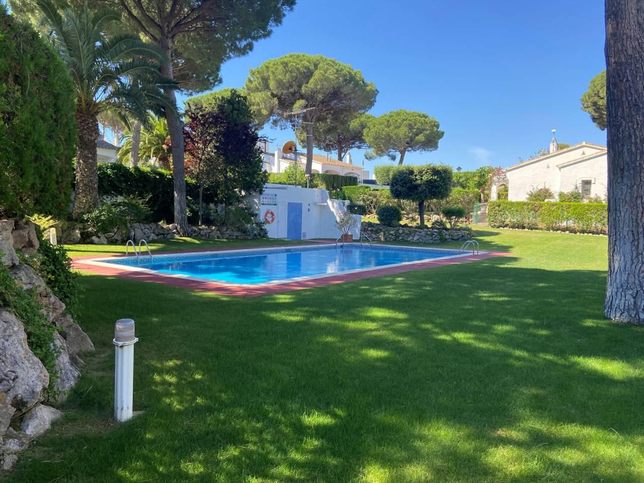 005060 - ROGER DE FLOR House with community garden and pool in L'Escala, Costa Brava