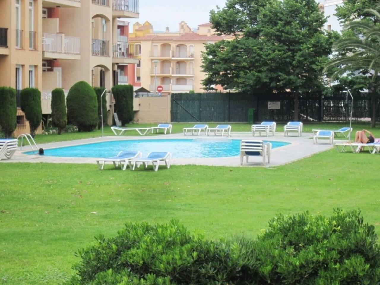 061244 - MIMOSES Appartement au rez-de-chaussée en construction avec jardins et piscines communs
