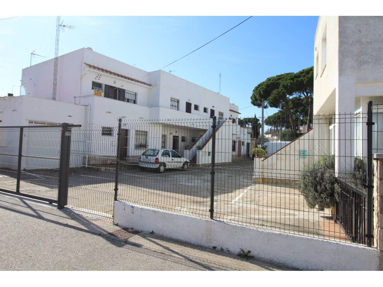 005070 - Flat for sale in L´Escala