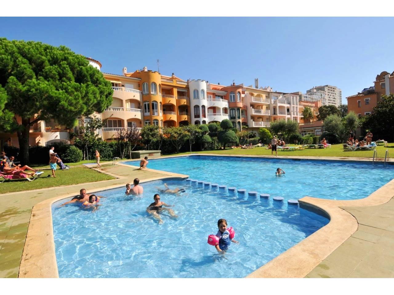 000007 - GRAN RESERVA Appartement avec piscine communautaire et jardins