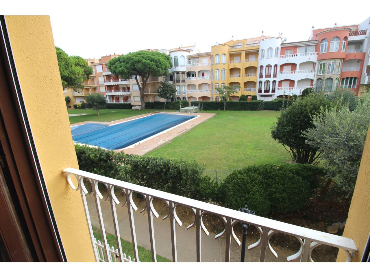 000007 - GRAN RESERVA  Apartment with community pool and gardens