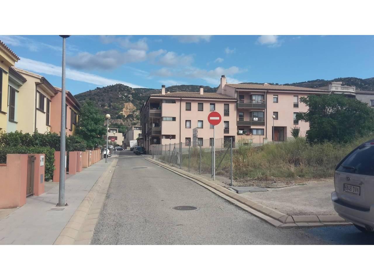 066234 - OLIVERA Parking