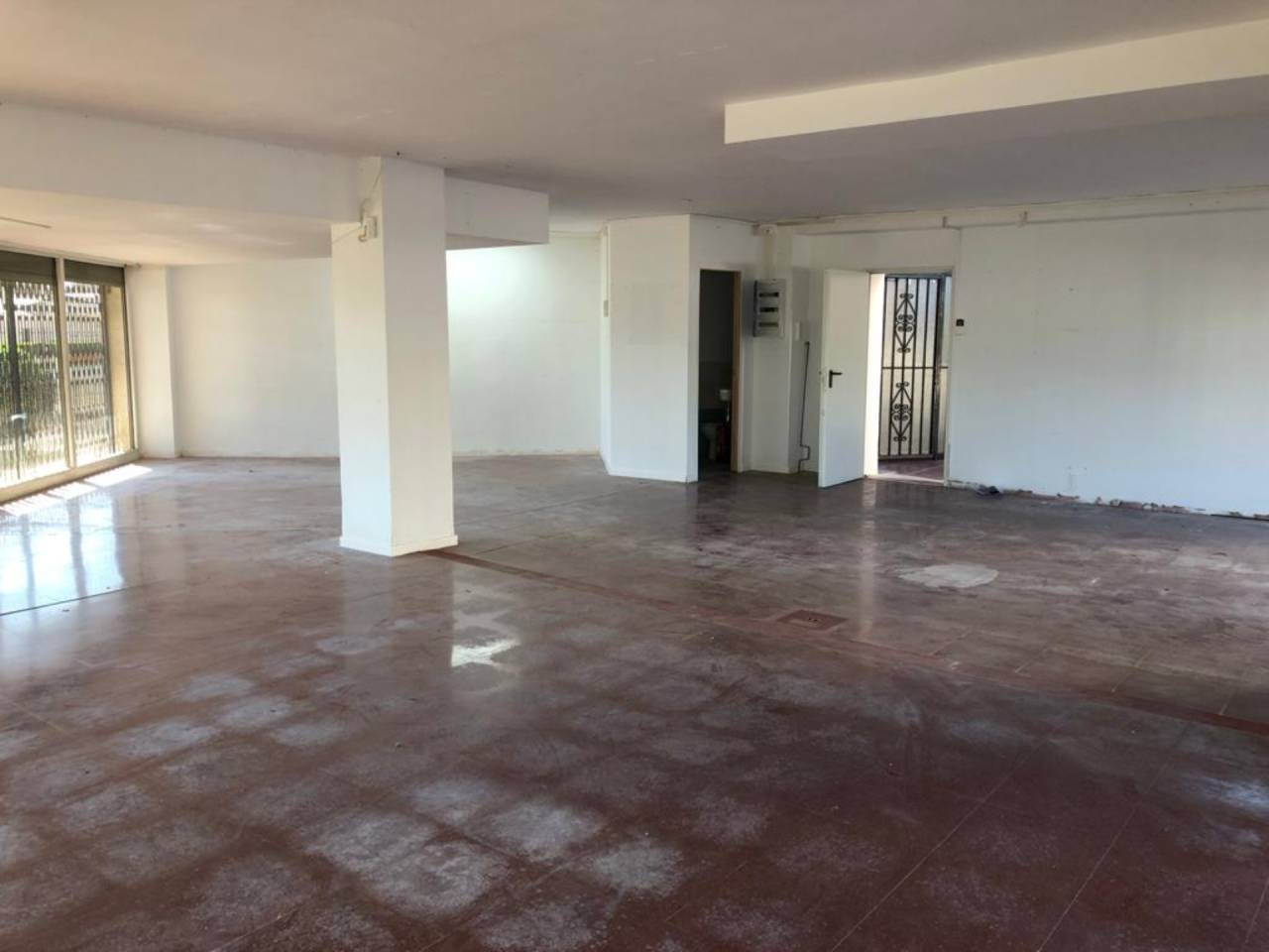 008701 - COMMERCIAL PREMISES FOR RENT SANTA MARGARITA