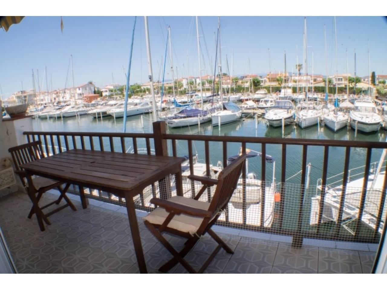 003002 - PORT GREC House with canal view