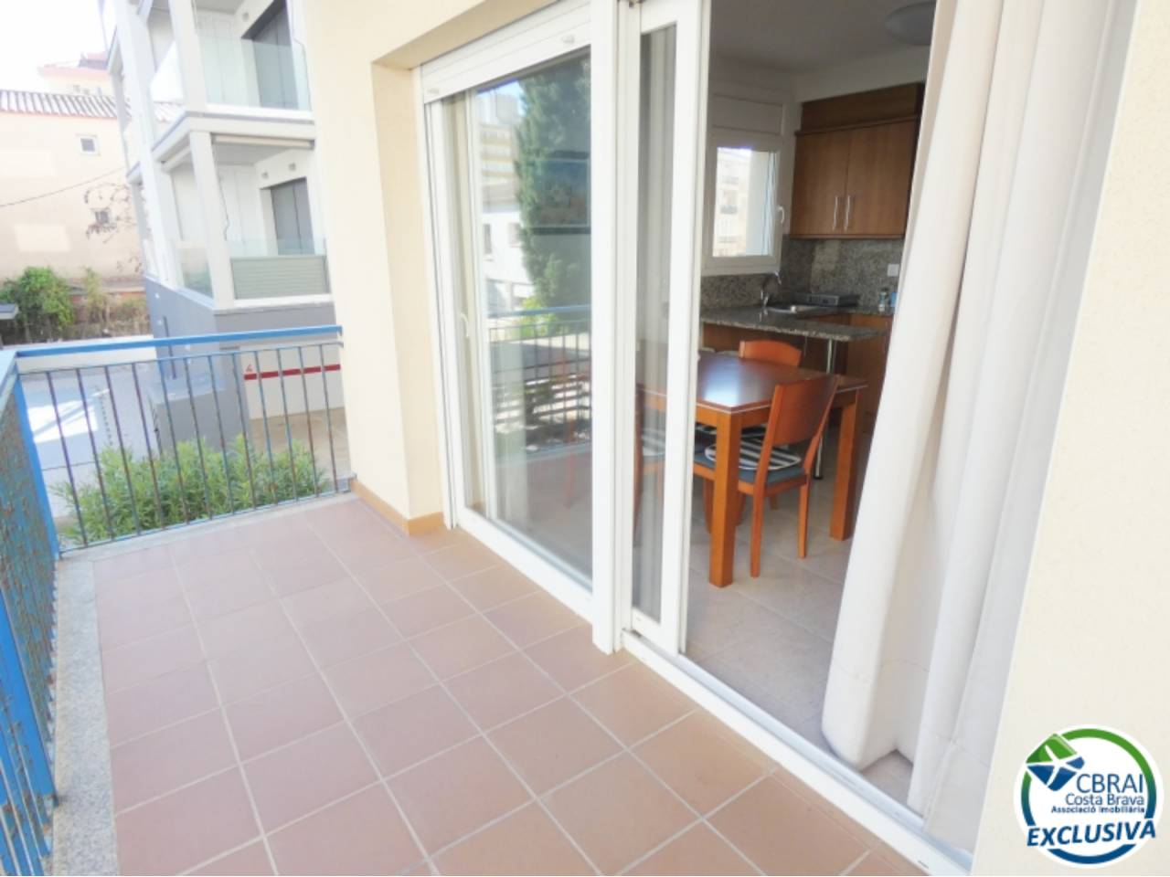 003006 - Flat for sale in Santa Margarida 100 meters from the beach