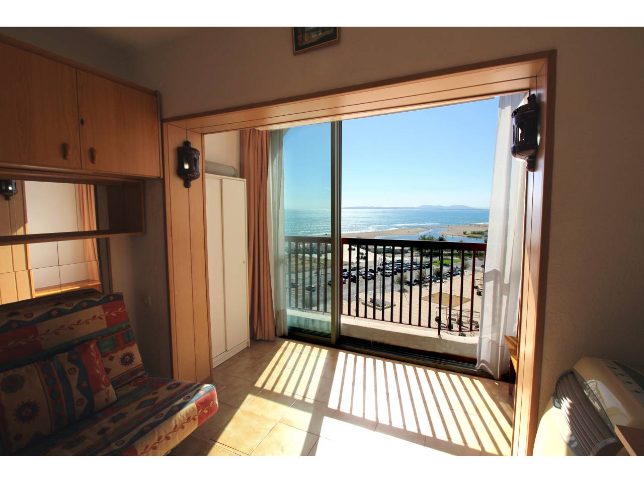 000022 - ALBATROS Studio with open room and view to the sea
