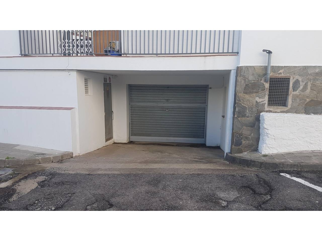 005050 - Parking spaces for sale in Empuriabrava