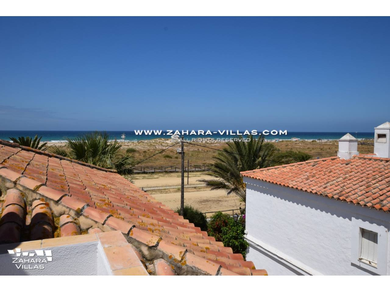 Imagen 1 de Casa en venta en segunda línea de playa, con vistas al mar en Zahara de los Atunes