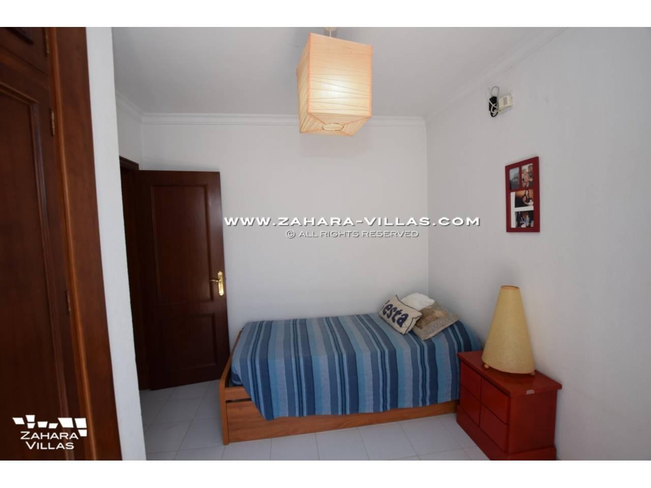 Imagen 25 de Casa en venta en segunda línea de playa, con vistas al mar en Zahara de los Atunes
