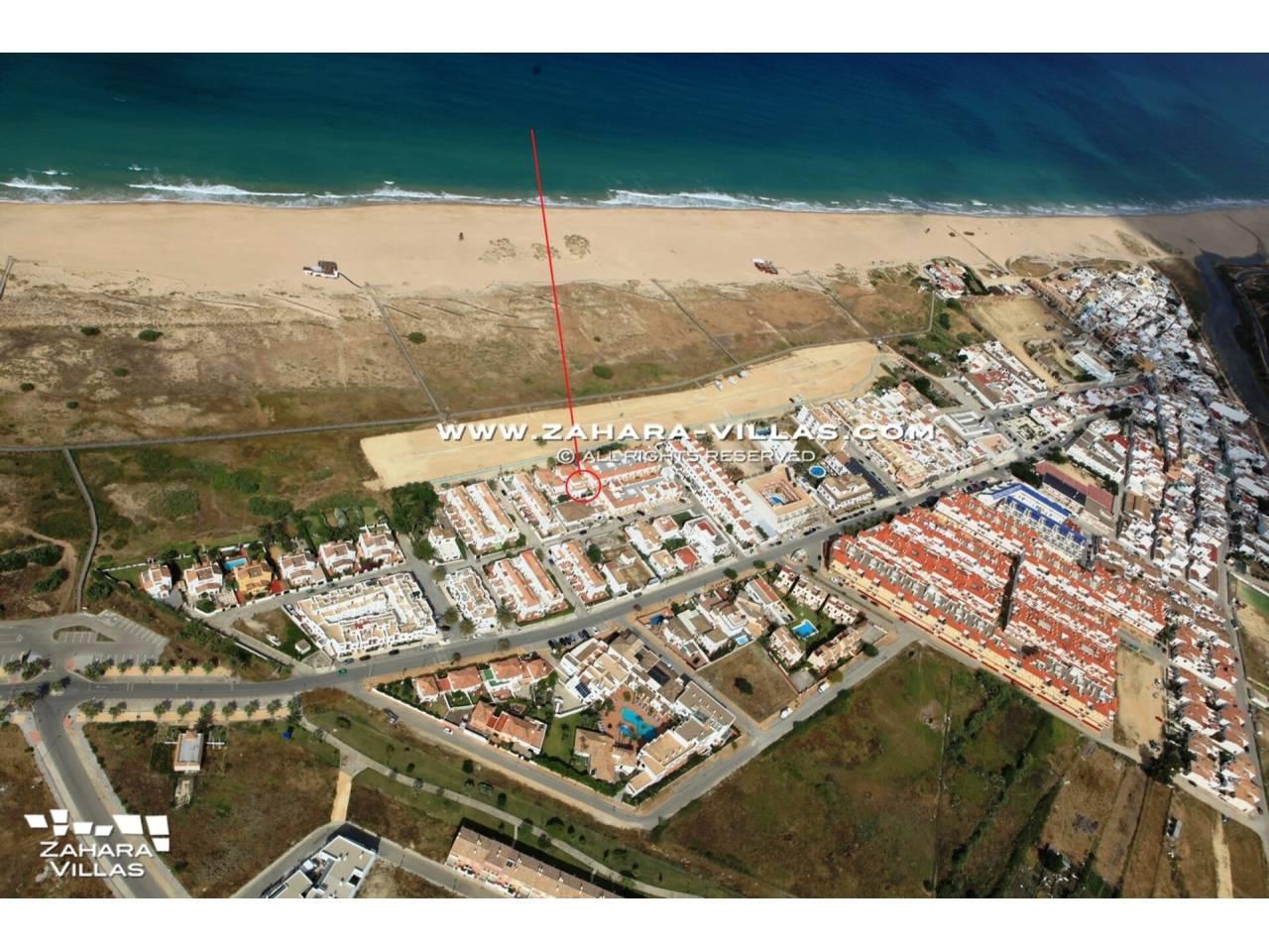 Imagen 5 de Casa en venta en segunda línea de playa, con vistas al mar en Zahara de los Atunes