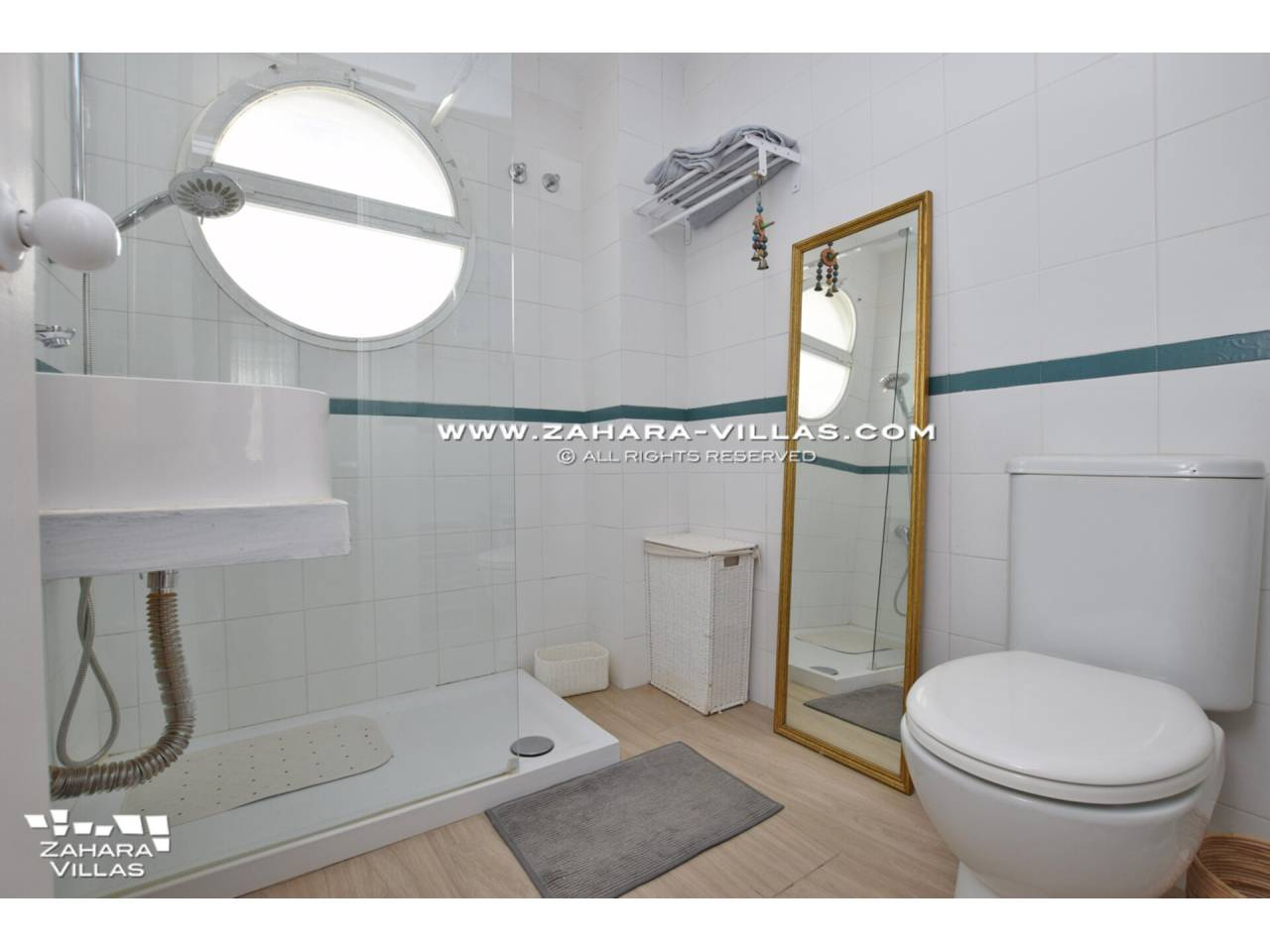 Imagen 30 de House for sale close to the beach, with sea views in Zahara de los Atunes