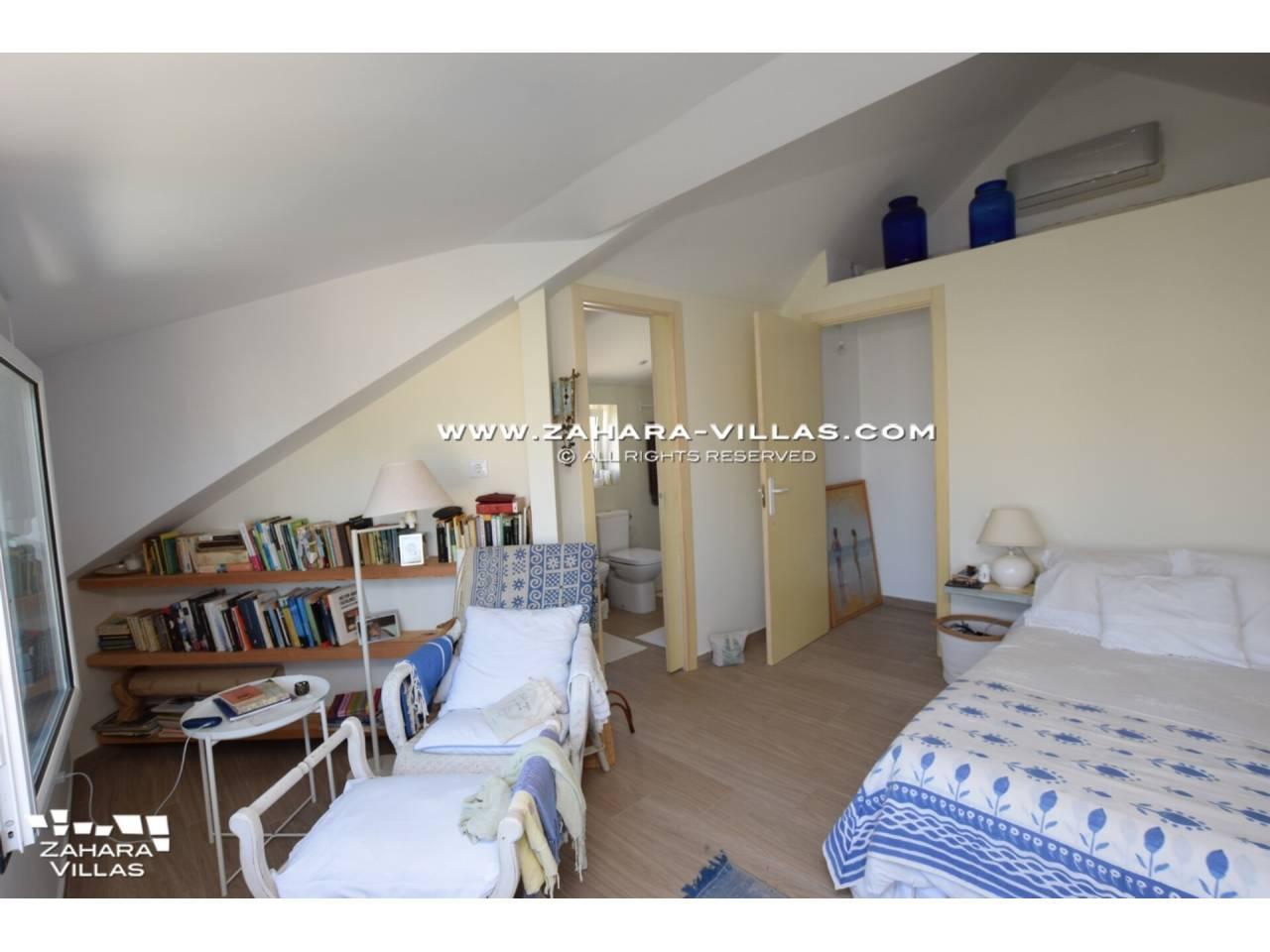 Imagen 38 de House for sale close to the beach, with sea views in Zahara de los Atunes