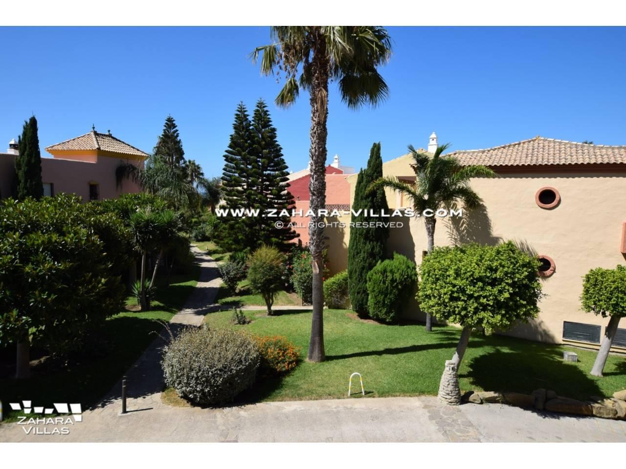Imagen 3 de Apartamento en venta en urbanización Jardines de Zahara - Atlanterra