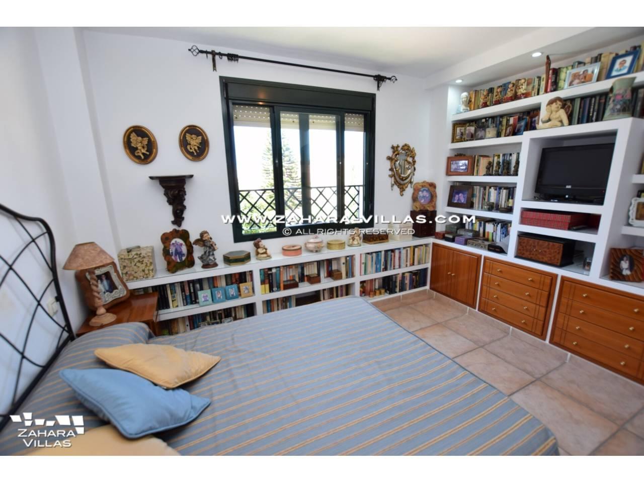 Imagen 32 de Apartamento en venta en urbanización Jardines de Zahara - Atlanterra