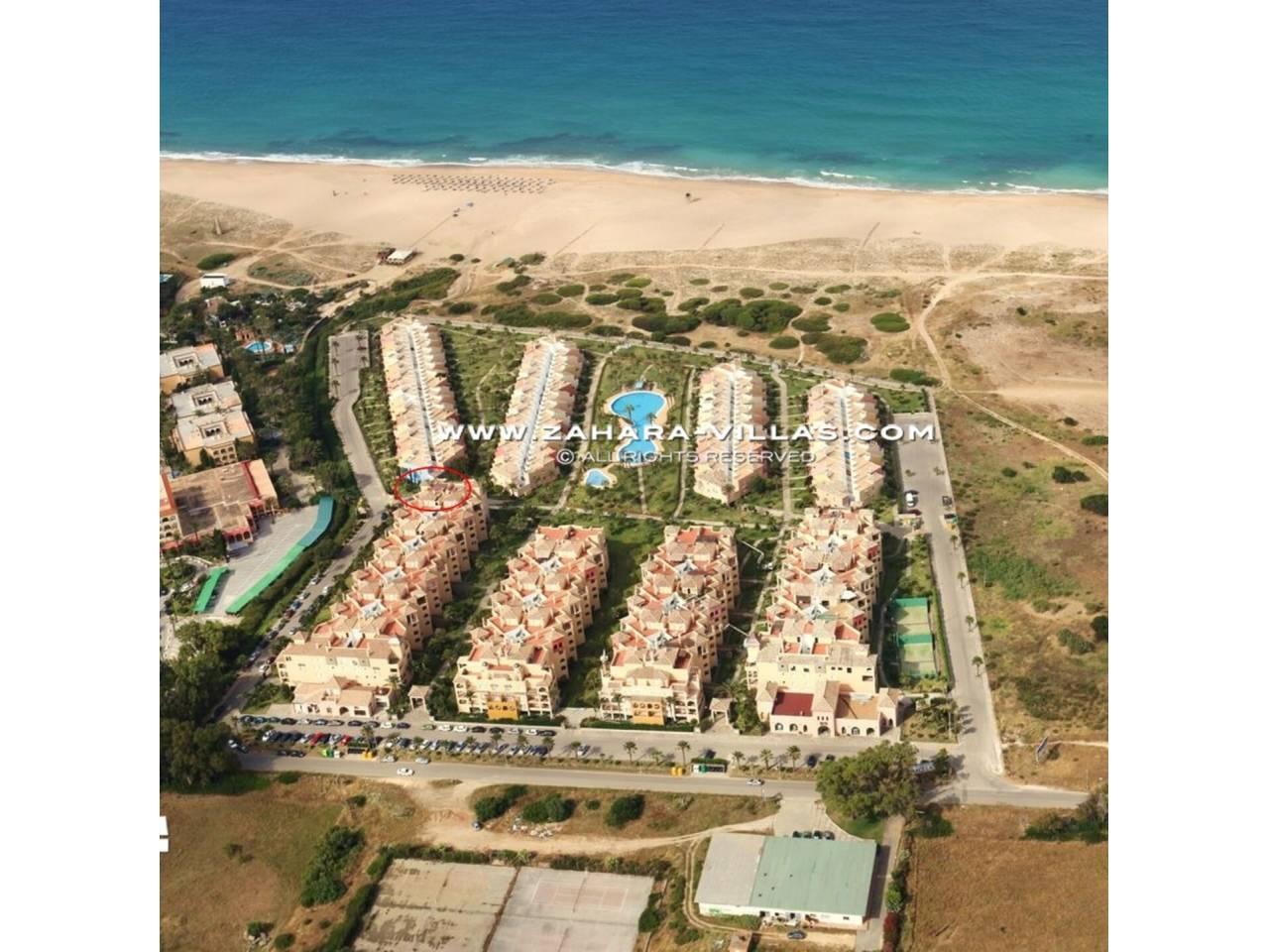 Imagen 38 de Apartamento en venta en urbanización Jardines de Zahara - Atlanterra