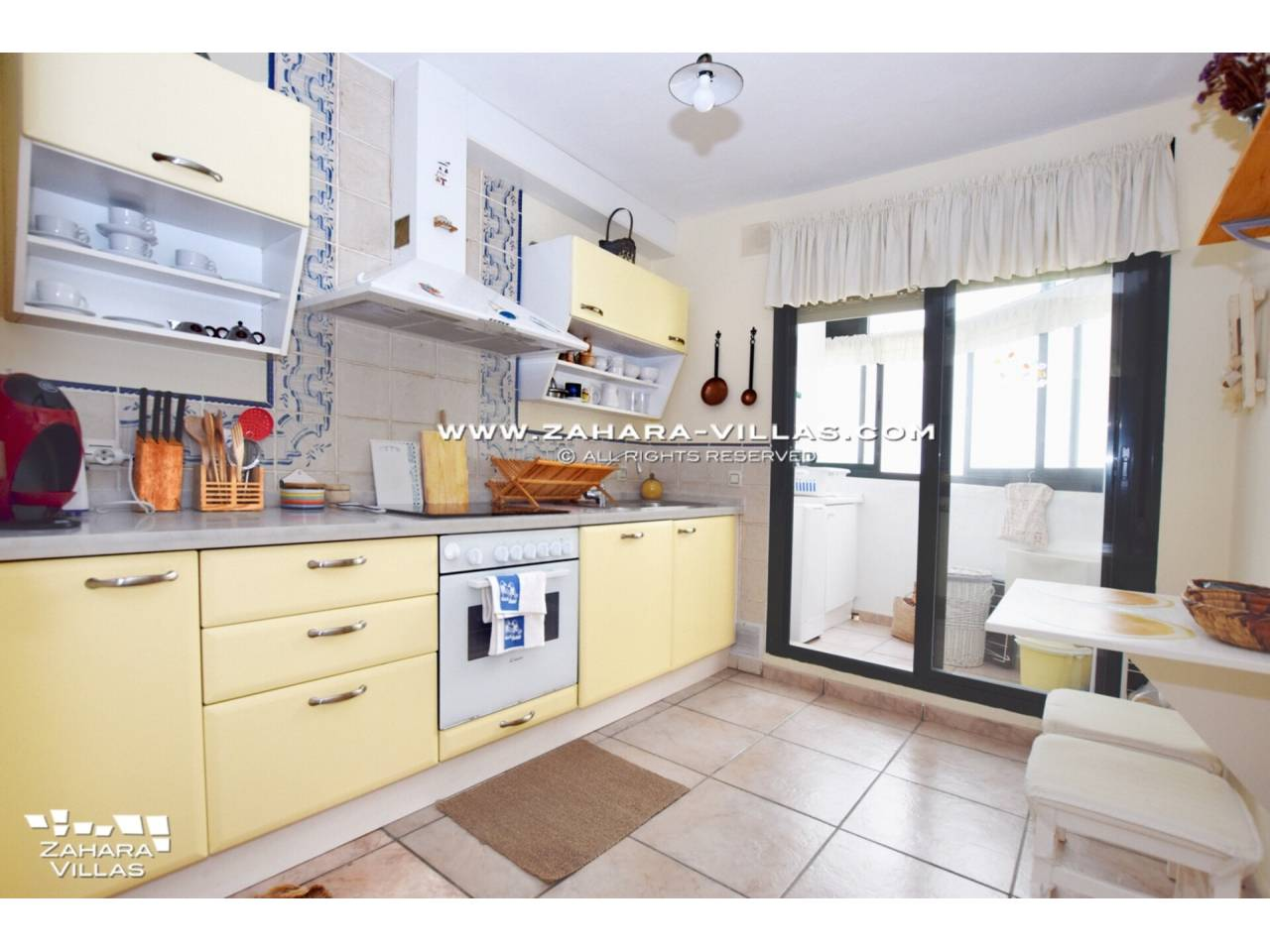 Imagen 19 de Coqueto apartamento en venta en urbanización Jardines de Zahara - Atlanterra